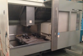 DECKEL MAHO MACHINING CENTER
