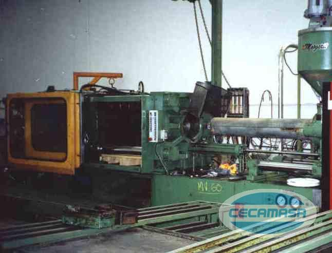 Injection molding MARGARIT M-280/1170