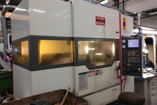 MACHINING CENTER Quaser