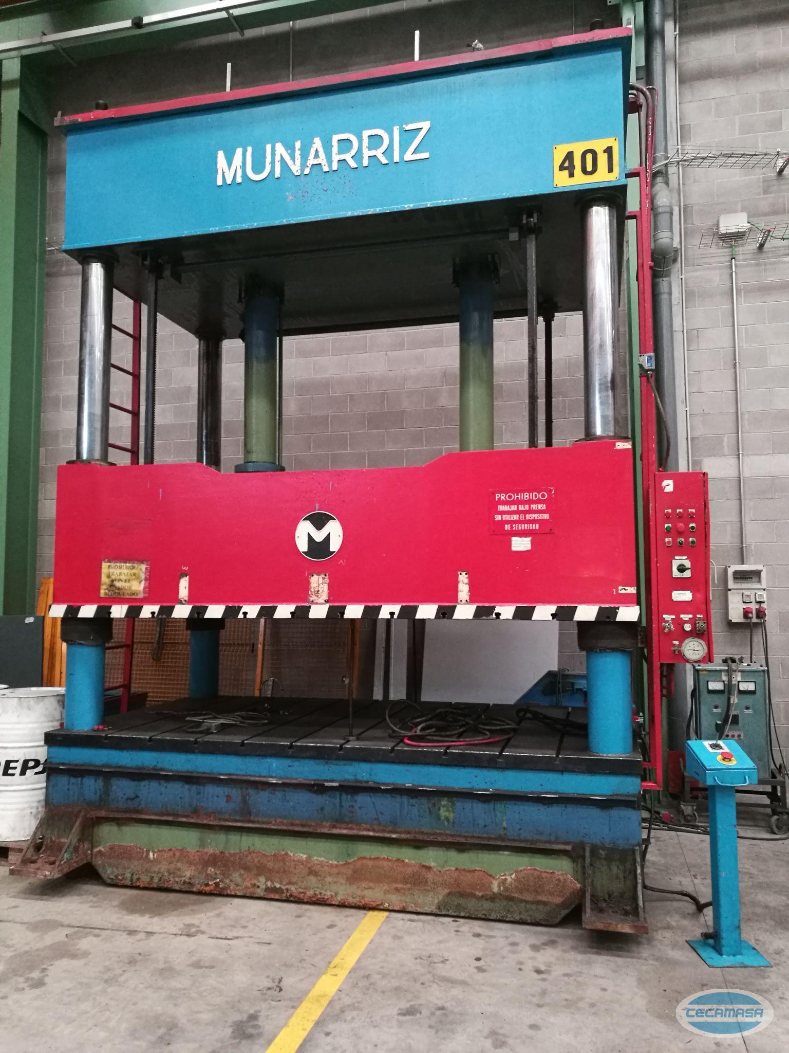 Retouching press MUNARRIZ of 4 columns and 125 Tn